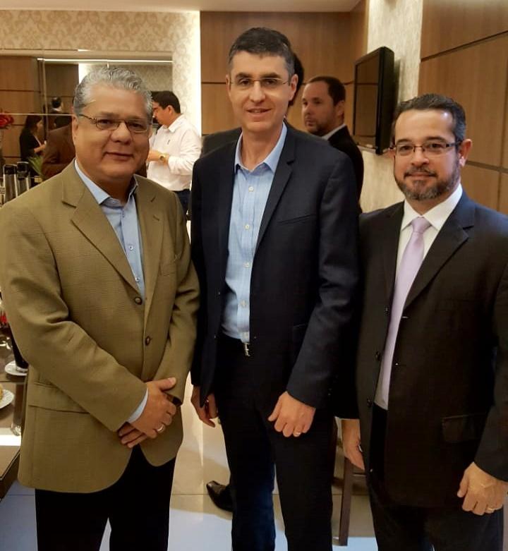 Pres. do CSP-MG, João Paulo Mello, CEO da Minuto Seguros, Marcelo Blay, e o advogado Landulfo Ferreira
