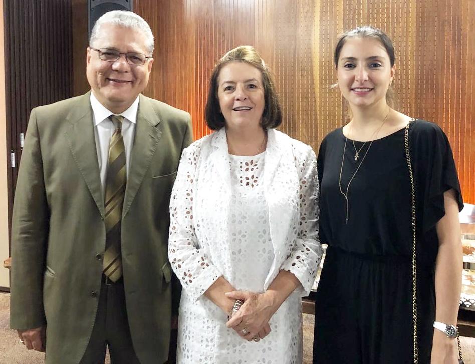 João Paulo Moreira de Mello (presidente do CSP-MG), Maria Filomena Branquinho (presidente do Sincor-MG) e Fabiana Resende (diretora Social do Clube)