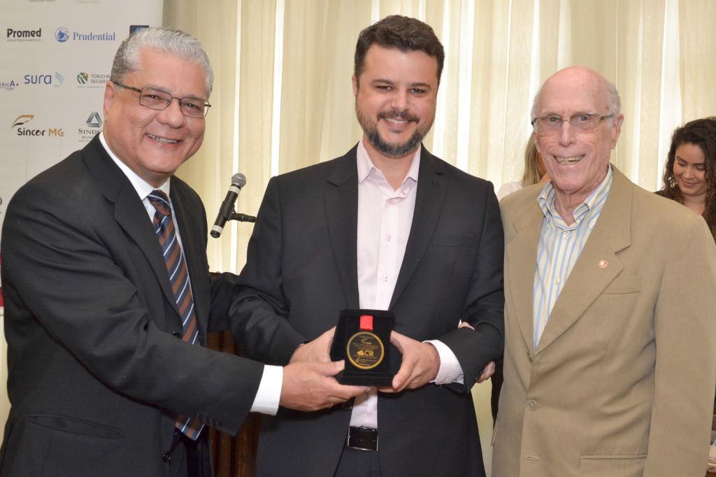 João Paulo Moreira de Mello (presidente do CSP-MG), Wellerson Castro e Roberto Barbosa (representantes da Fenacor)