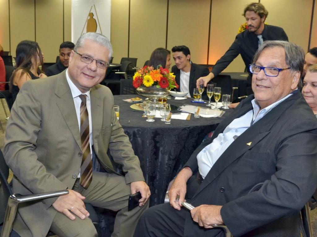 João Paulo Mello e o corretor Mário Magalhães